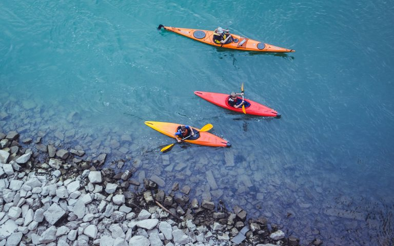 Penser au kayak